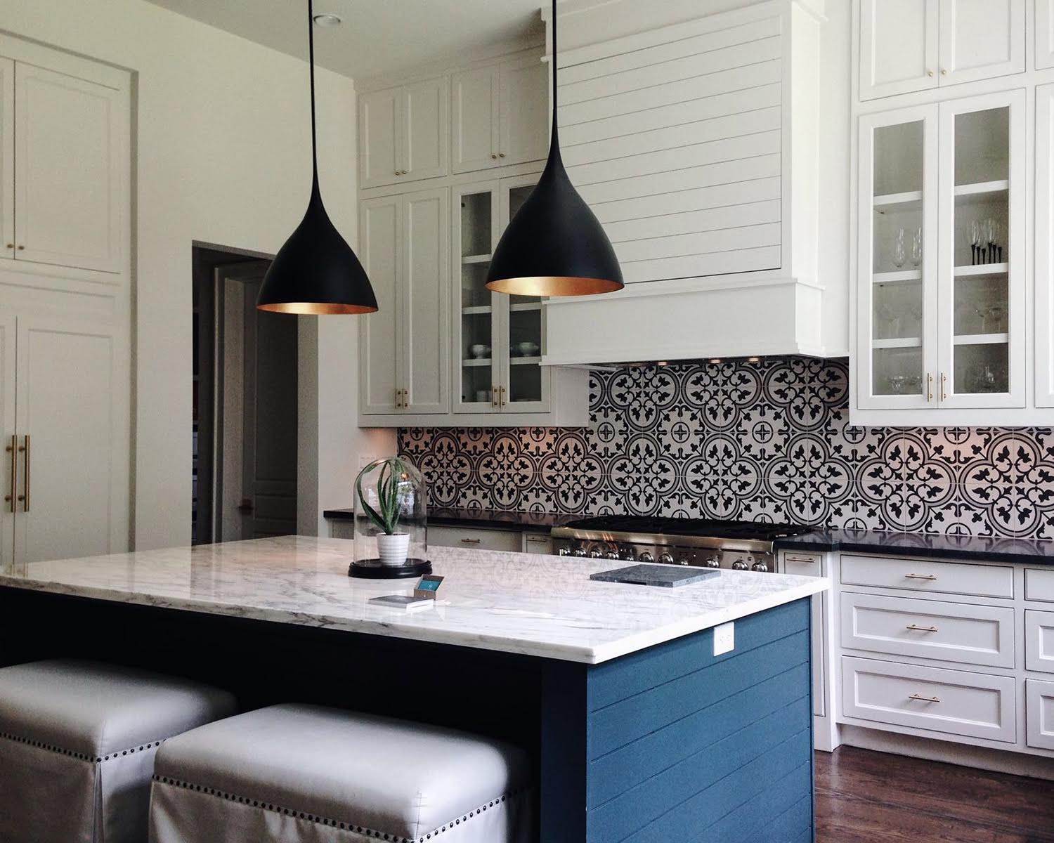 beautiful black and blue kitchen design