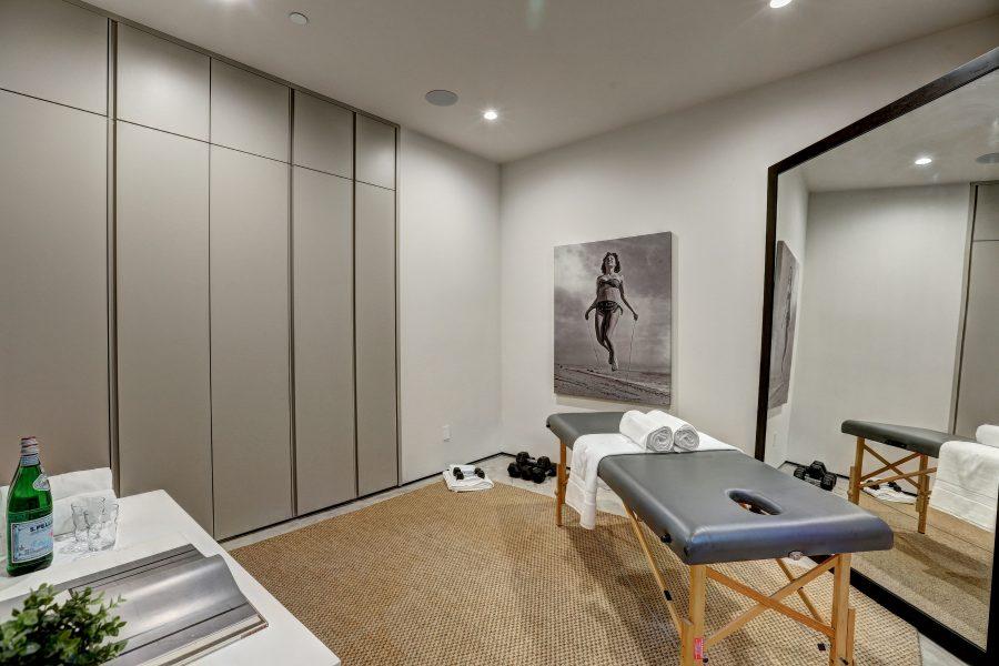 massage room, home massage room, entertaining