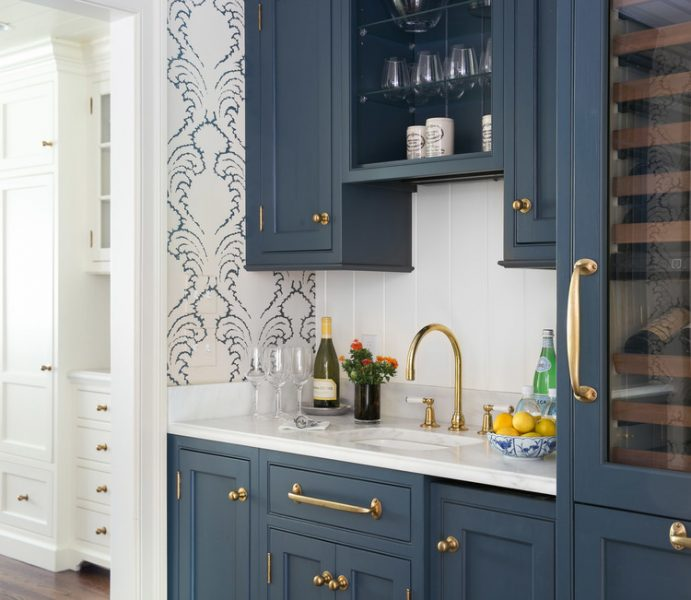 Kitchen Cabinet Lining Ideas: How To Style Blue Kitchen Cabinets In 2020 On Roomhints.com