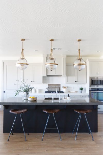 kitchen remodel, kitchen remodel checklist, kitchen remodel guide, kitchen renovation, kitchen barstools, kitchen design, kitchen lighting, modern kitchen