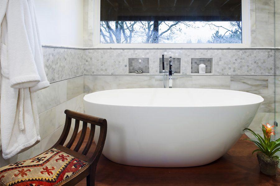 freestanding tub, bathroom remodel, bathtub
