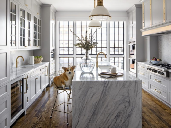 grey-kitchen-cabinets-marble-island